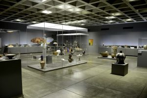 museum display cabinets